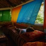 sieste dans le dôme du gite ourthane