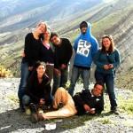 Un groupe de randonneurs heureux au gite-ourthane